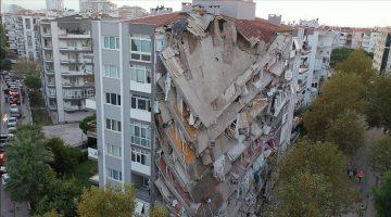 İzmir depremi sonrası 22 kişiye gözaltı kararı