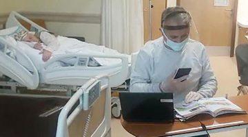 Koronavirüse yakalanan annesini bir an olsun bırakmadı! 'İki durum beni çok üzüyor'