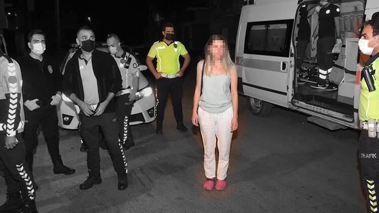 Otomobilini polislerin üzerine sürdü… Ortalığı birbirine kattı