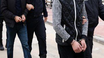 İzmir merkezli 47 ilde FETÖ'nün TSK yapılanmasına yönelik operasyon! 76 zanlı tutuklandı