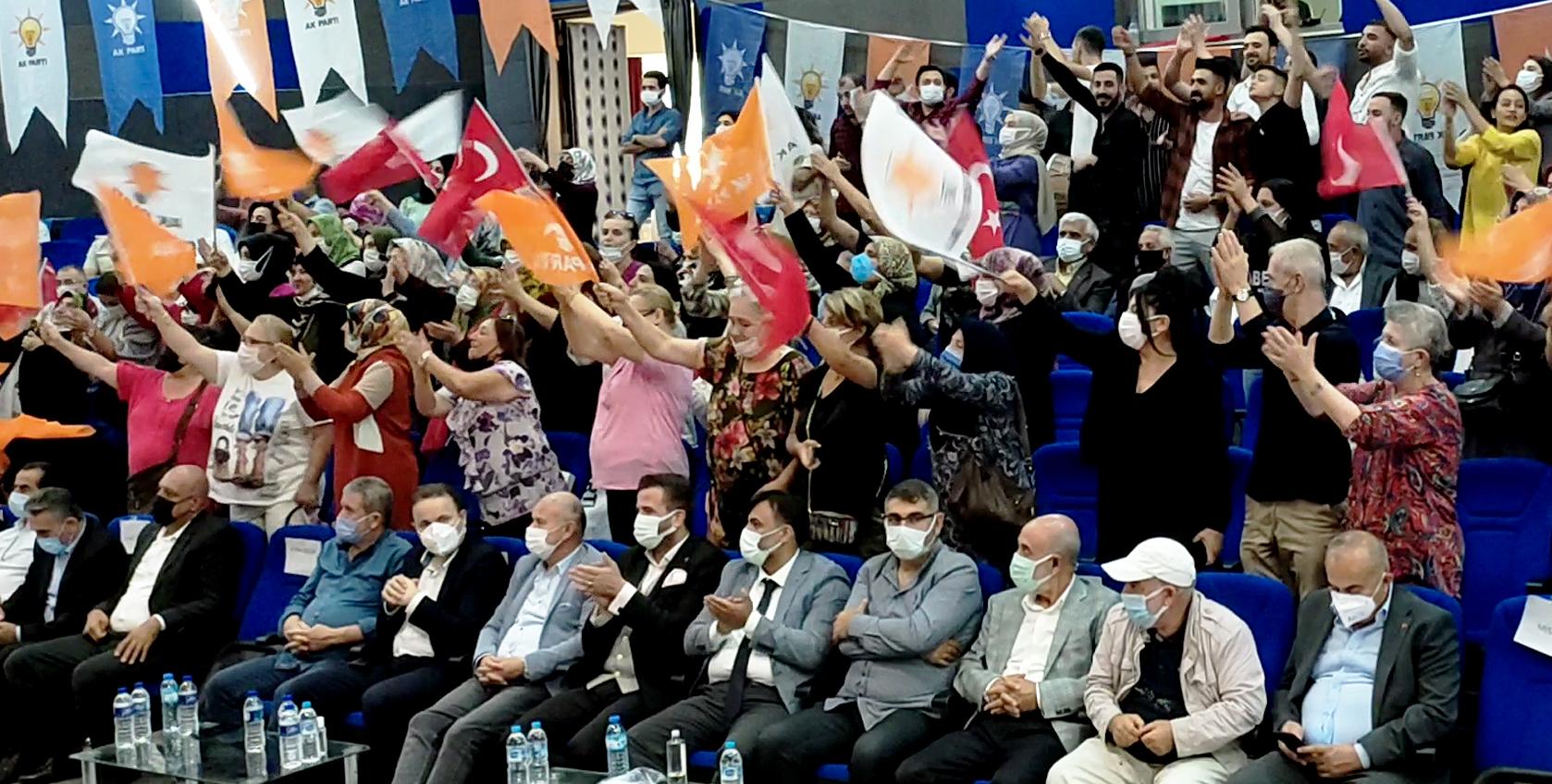Ak Parti Buca'dan, Çoşkulu Toplantı