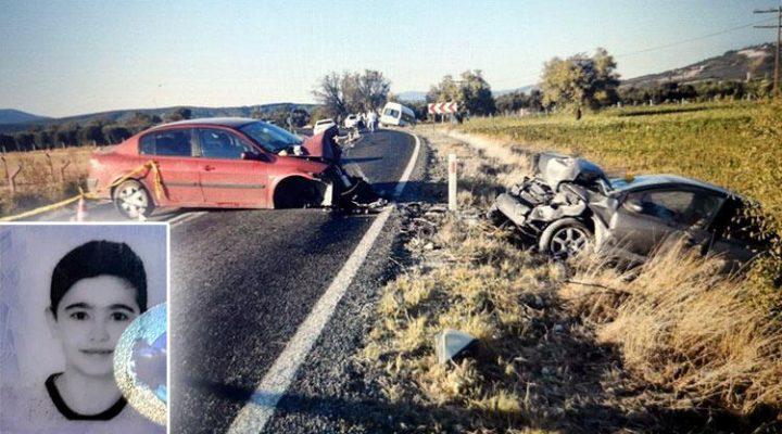 Manisa'da feci kaza! 3 araç karıştı